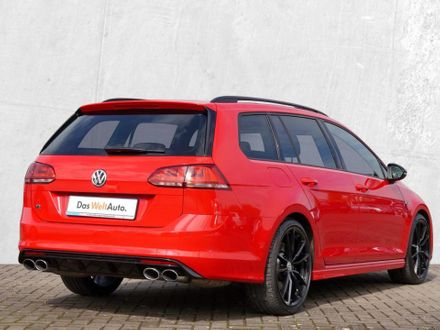 VW Golf R Variant DSG