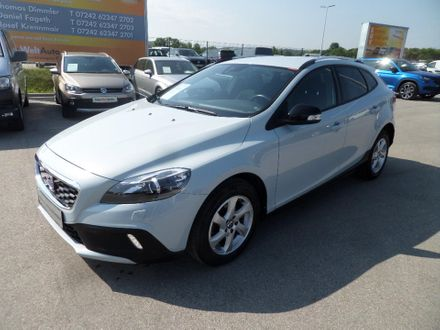 Volvo V40 Cross Country D2 Kinetic Powershift