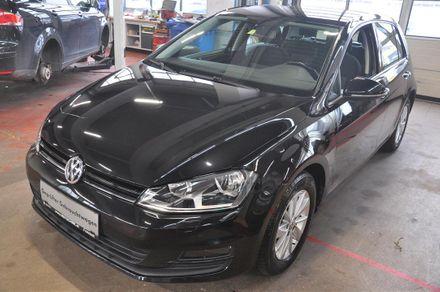 VW Golf Trendline BMT TSI