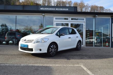 Toyota Auris 1,33 dVVT-i S&S Young