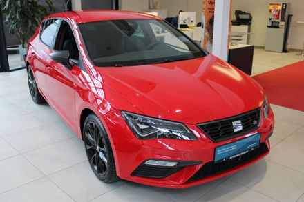 SEAT Leon FR Black-Edition TSI