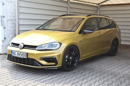 VW Golf Variant R