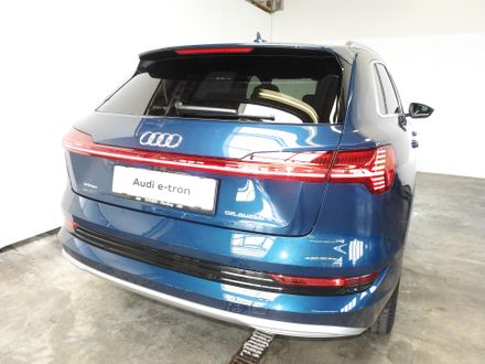 Audi e-tron 55 quattro 300 kW advanced