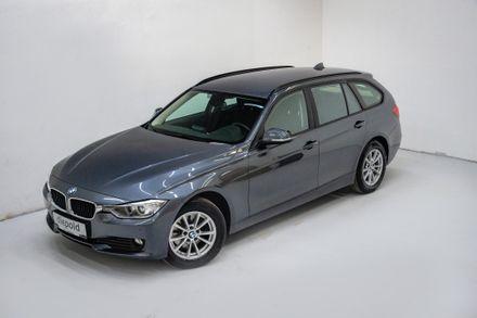 BMW 320d xDrive Touring Österreich-Paket Aut.