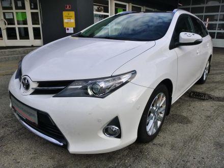 Toyota Auris TS 1,4 D-4D Feel!