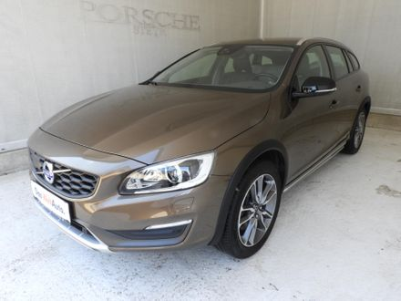 Volvo V60 Cross Country D3 Kinetic Geartronic