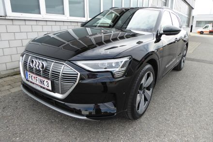 Audi e-tron 55 quattro advanced