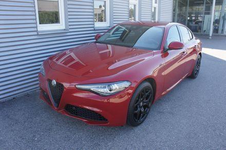 Alfa Romeo Giulia Sprint 2,0 16V 200 AT8