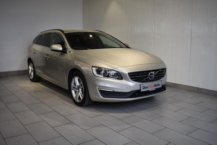 Volvo V60 PHEV D6 Twin Engine Momentum Geartronic