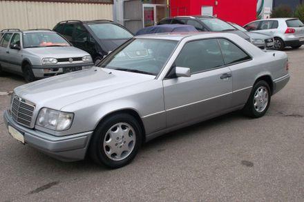 Mercedes E 220 Coupé Aut.