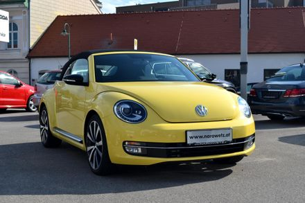 VW The Beetle Cabriolet Sport TSI DSG
