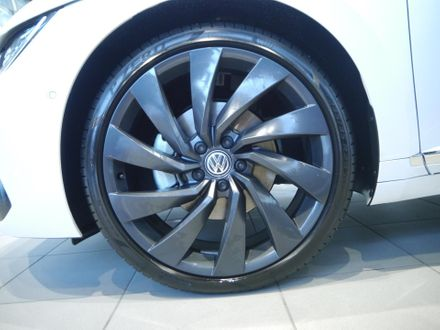VW Arteon R-Line TDI SCR DSG