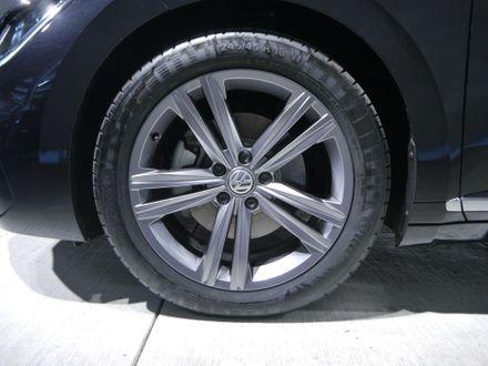 VW Arteon R-Line TDI SCR