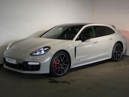 Porsche Panamera GTS Sport Turismo