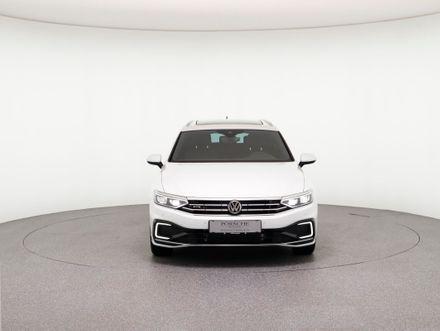 VW Passat GTE Variant
