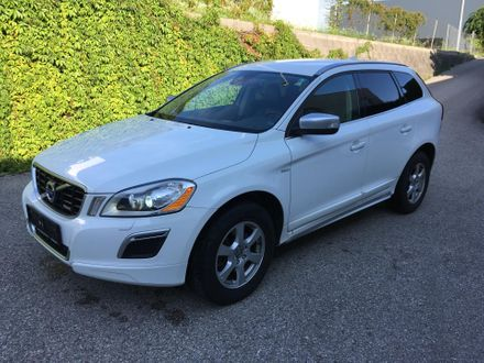 Volvo XC60 D5 AWD R-Design Geartronic