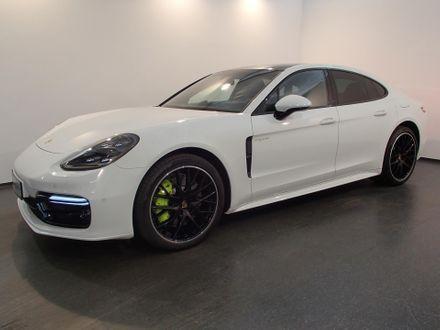 Porsche Panamera 4 E-Hybrid II
