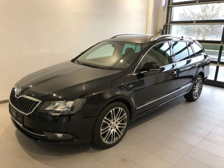 ŠKODA Superb Combi Elegance Business TDI DSG