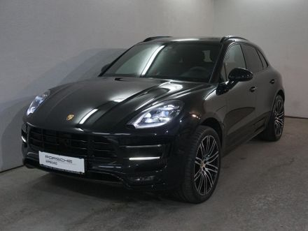 Porsche Macan Turbo mit Performance Package