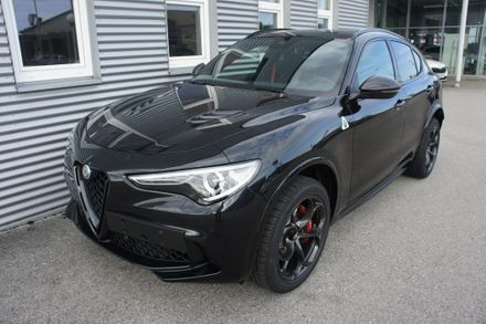 Alfa Romeo Stelvio Quadrifoglio 2,9 V6 ATX AWD