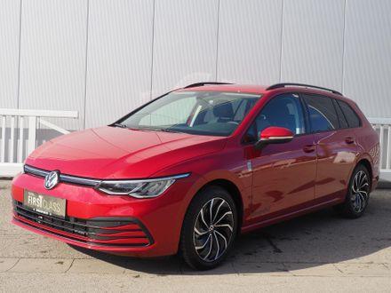 VW Golf Variant Life mHeV DSG