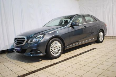 Mercedes E 220 BlueTEC BlueEfficiency Edition Avantgarde A-Edit.