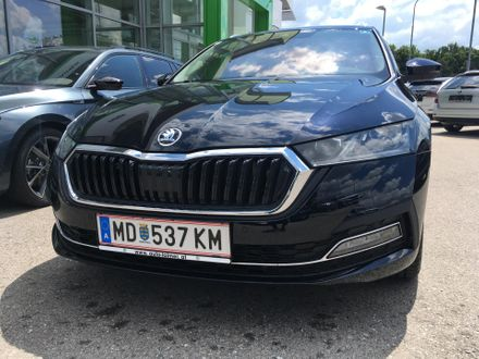 ŠKODA OCTAVIA Combi Premium TDI DSG