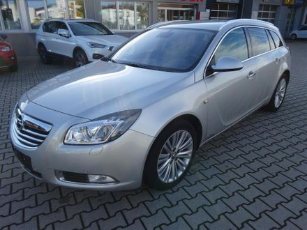 Opel Insignia ST 2,0 Cosmo CDTI DPF Ecotec Start/Stop System