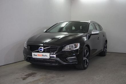 Volvo V60 PHEV D6 Twin Engine Momentum R-Design Geartronic