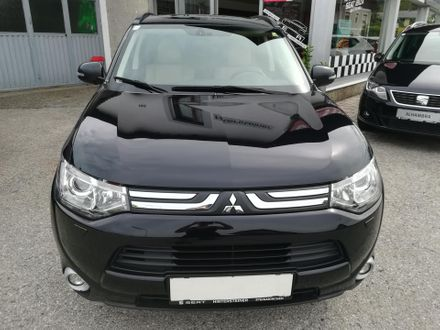 Mitsubishi Outlander 2,2 DI-D AS&G Instyle