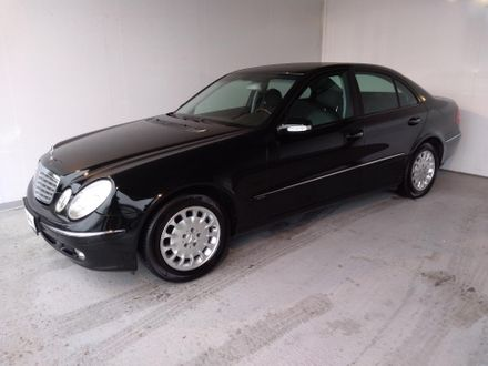 Mercedes E 200 Kompressor Avantgarde