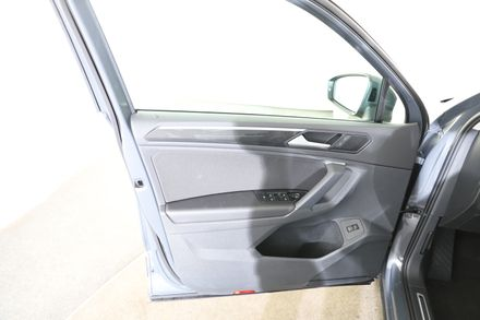 VW Tiguan Elegance TDI SCR 4MOTION DSG